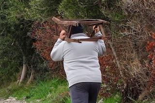 Rimossi i tralicci abbandonati di via Campanella