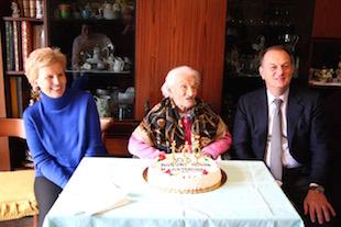 Operata al femore a 109 anni, è già a casa