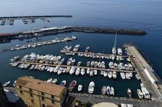 A Marina di Cassano il gasolio scontato per i pescatori