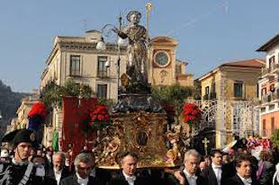 Cambia l'itinerario della processione di Sant'Antonino
