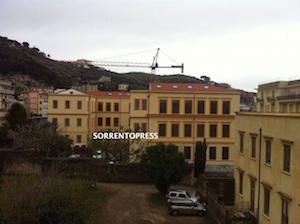 La giunta di Sorrento stanzia 700mila euro per parco Ibsen e scuola Vittorio Veneto