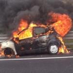 auto-fiamme1