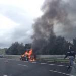 auto-fiamme2