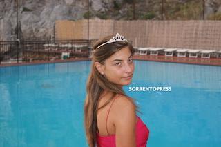Una ragazza della penisola al Ballo delle Debuttanti di Stresa