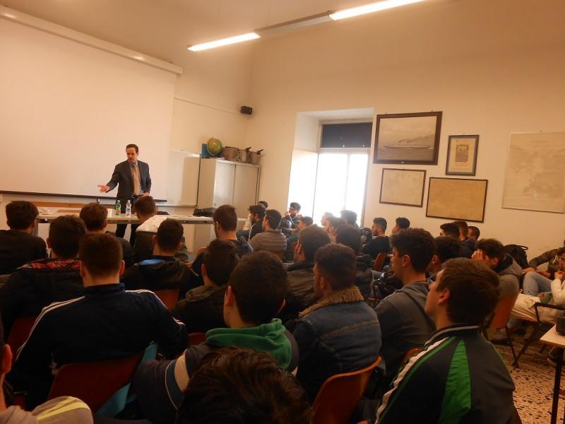 L'Osservatorio sul Lavoro incontra gli studenti del Nino Bixio