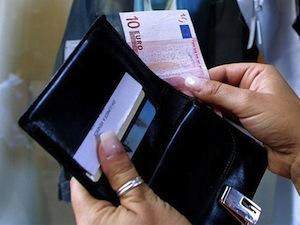 A Sorrento rinvenuto portafogli con quasi 300 euro