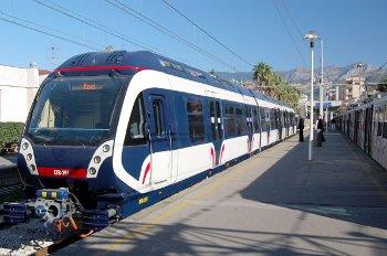 Primo treno charter Napoli-Sorrento