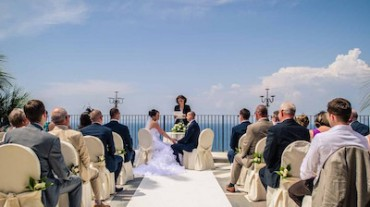 Matrimoni, Sorrento domani in Tv