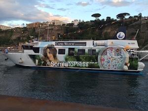 Arriva l'aliscafo griffato Capri Watch -foto e video-