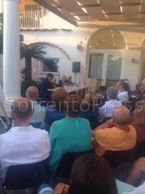A Capri la presentazione del libro di Bertinotti sulla fede