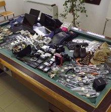 False griffe a Capri, sequestrati quasi mille oggetti