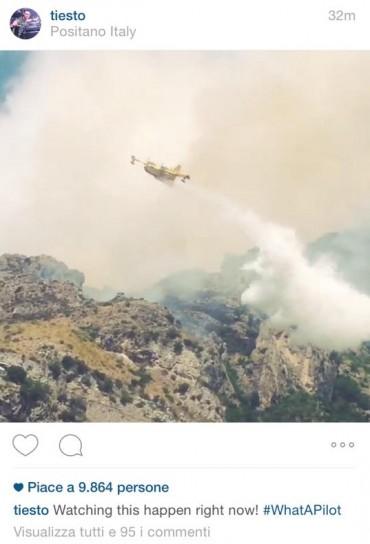 Positano brucia, la foto di Dj Tiesto fa il giro del mondo