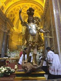 A Piano di Sorrento festa di San Michele con tributo a Pino Daniele