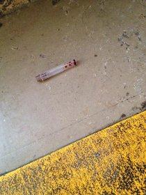 Siringhe sporche in strada, allarme a Sant'Agnello