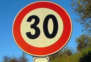 Limite di velocità a 30kmh e dossi per alcune strade di Piano di Sorrento
