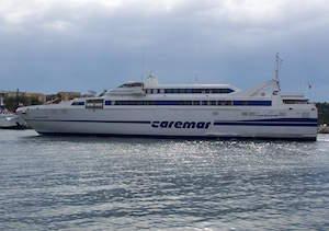 Al via il restyling dei traghetti Moby e Caremar