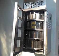 distributore-automatico-lumini