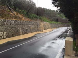 Colata di fango a Sorrento, paura per gli automobilisti – video –