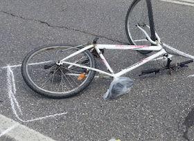 Incidente sul corso Italia, grave un ciclista