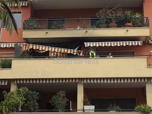 Incendio in un appartamento di piazza Lauro, poliziotto lievemente ferito – video –