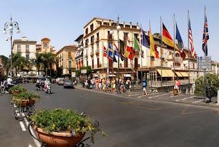 Scatta oggi la ztl dei weekend a Sorrento, escluso il corso Italia