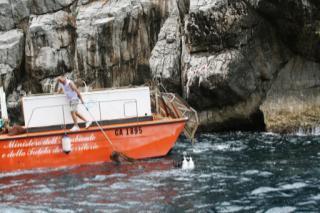 Oggi la pulizia dei fondali di Marina Grande e Marina di Cassano
