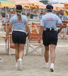 """Spiagge sicure"", 5 vigili stagionali a Massa Lubrense"