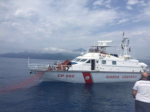 "La Guardia Costiera sequestra una ""spadara"" di 14 Km"