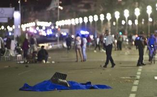 Il cordoglio di Sorrento per la strage nella città gemellata di Nizza