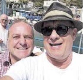 Tom Hanks sbarca a Lo Scoglio di Marina del Cantone