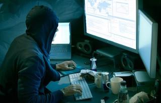 Attacco hacker al sito del Comune di Massa Lubrense