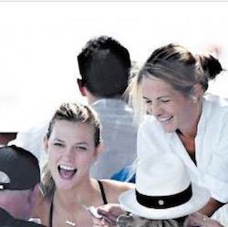 A Nerano arriva Karlie Kloss, top model di Victoria's Secret