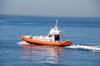 Controlli e sanzioni della Guardia Costiera a Sorrento