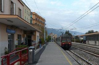 Da metà maggio stazione di Piano di Sorrento presidiata anche il pomeriggio