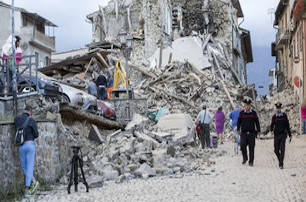 Terremoto, la raccolta di Vico Equense ad Arquata del Tronto