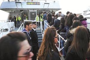 Da oggi abbonamenti gratis via mare per gli studenti della costiera