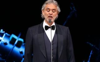 Andrea Bocelli a Sorrento per un concerto sulla Silver Spirit