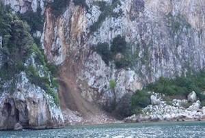 Frana a Capri provocata dalla pioggia