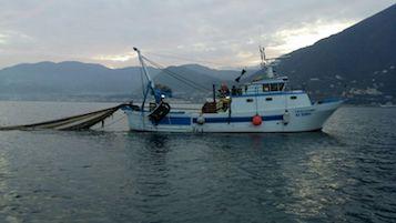 Pesca illegale al Banco di Santa Croce, intervento della Capitaneria