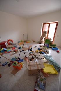 Vandali devastano la Residenza Cerulli di Sant'Agata sui due Golfi