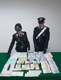 Altri 180mila euro falsi sequestrati dai carabinieri – foto –
