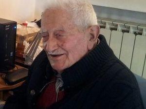Festa a Sorrento per i 103 anni di Michele O' Cacciatore