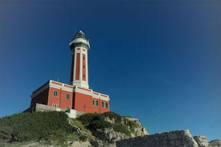 Migranti, a Capri accoglienza in location di lusso