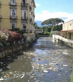 Un progetto per ripulire il Sarno dalla plastica