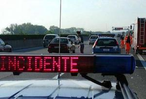 Incidente al casello autostradale, traffico in tilt sulla Sorrentina