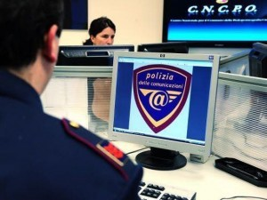 Chiede video hot via web, allarme pedofilia in costiera