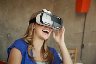 A Vico Equense viaggio nella realtà virtuale con visori 3D