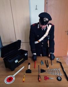 Ladro di scooter 15enne arrestato a Sorrento