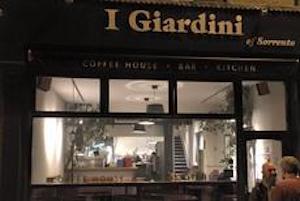 Tifosi della Juve all'assalto del ristorante sorrentino di Cardiff