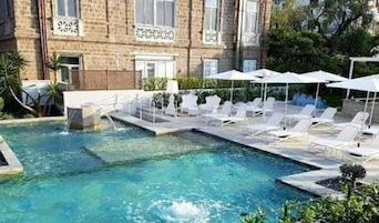 Il Comune chiude la piscina pubblica dell'Artis Domus